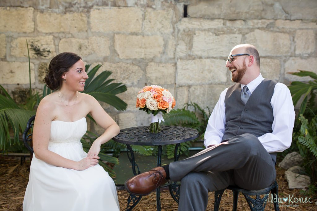 wedding photo of couple in hemingway home garden