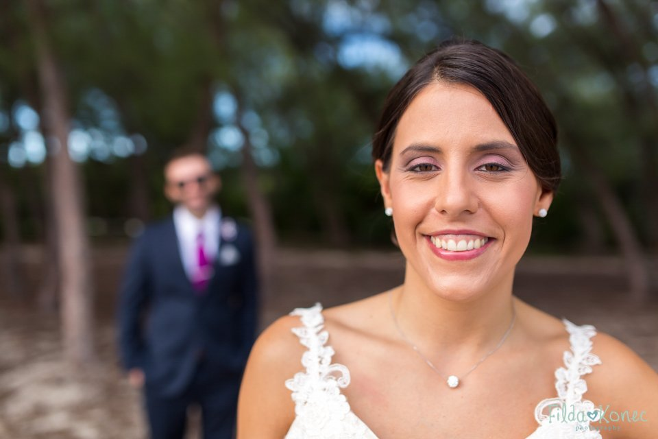 photo of bride at fort zachary in key west, florida
