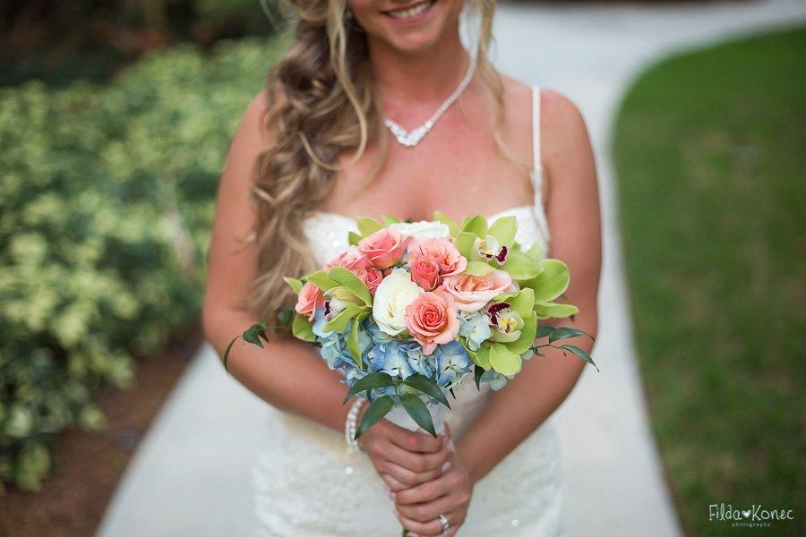 close up of bridal bouquet
