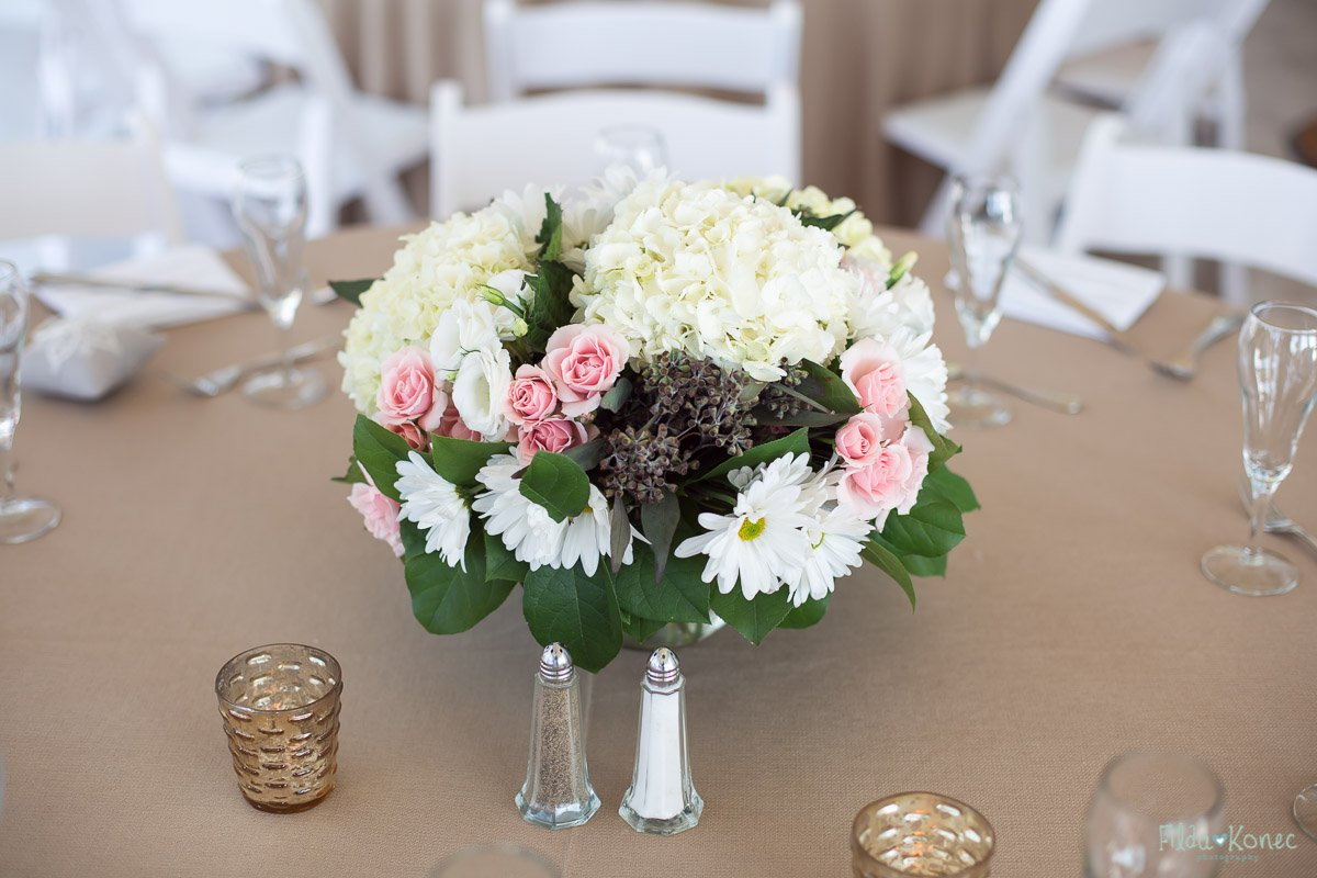 bridal bouquet at table set up