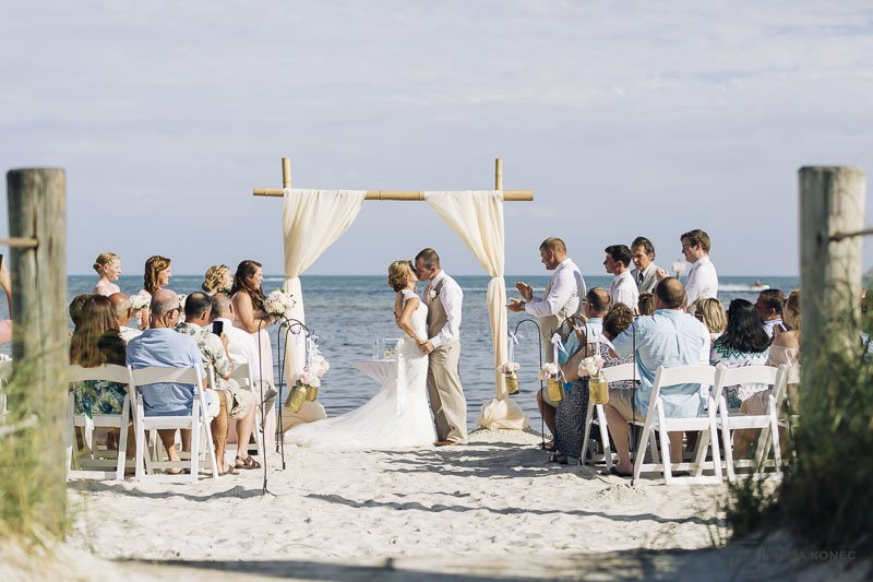 first kiss on the beach in florida keys