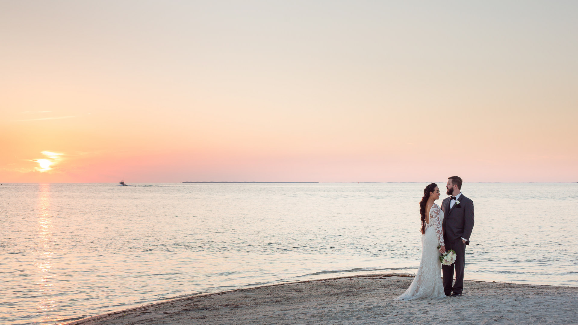 wedding at little palm island