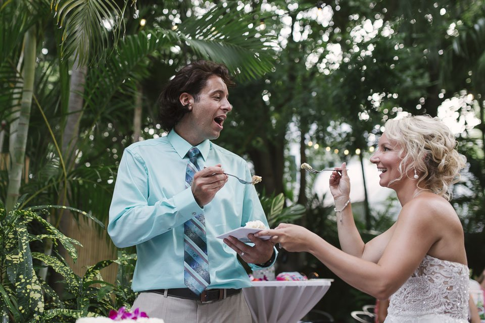 cutting the cake at old town manor key west wedding