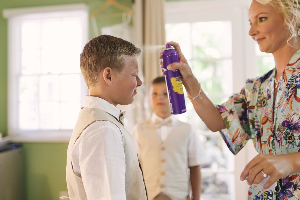kids get ready for moms key west wedding