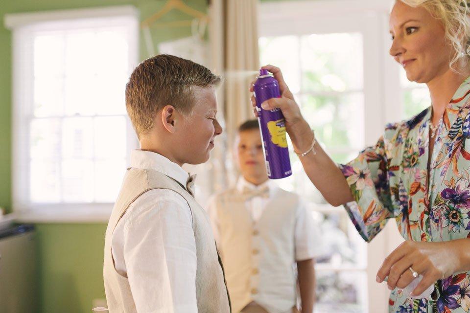 kids get ready for moms key west wedding
