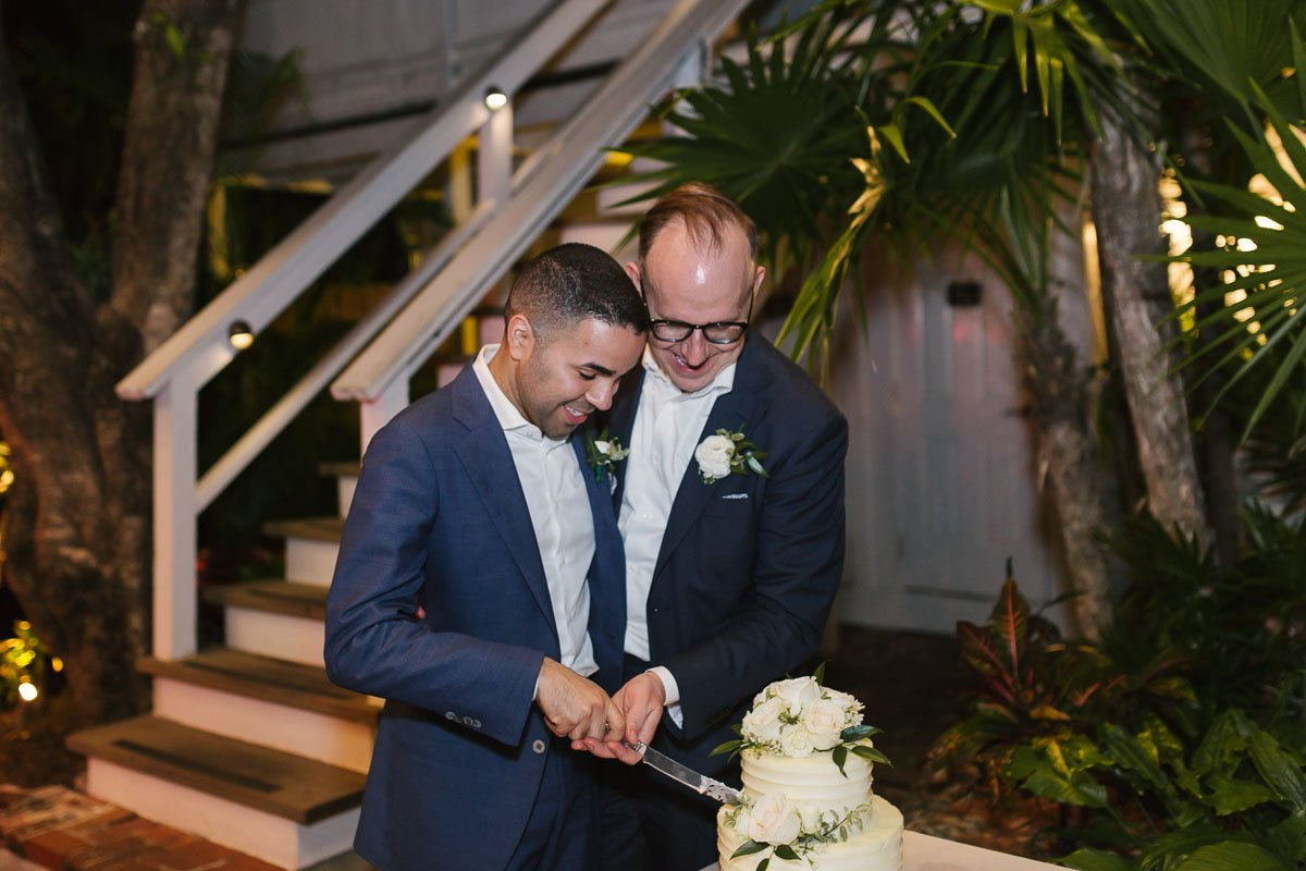 cake cutting at old town manor key west florida