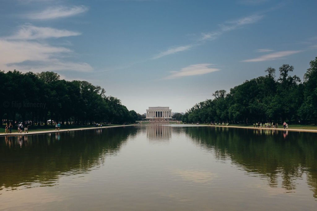reflection pool near lincoln memorial
